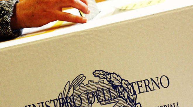elezioni_urne