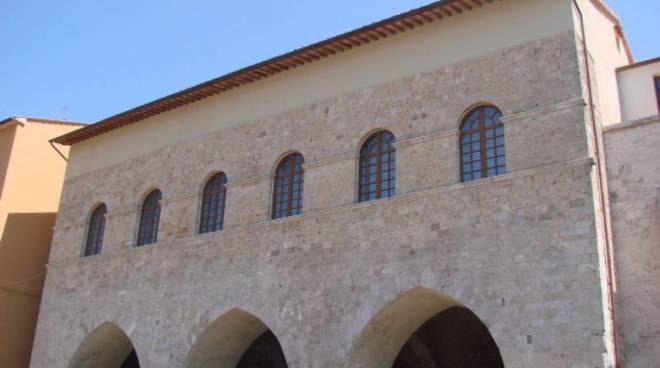 palazzo_abbondanza_massa