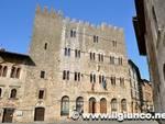 palazzo_comunale_massa_marittima_2012mod