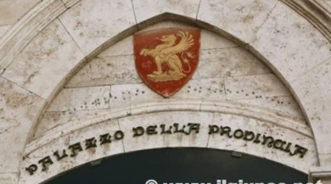 palazzo_provincia_particolaremod