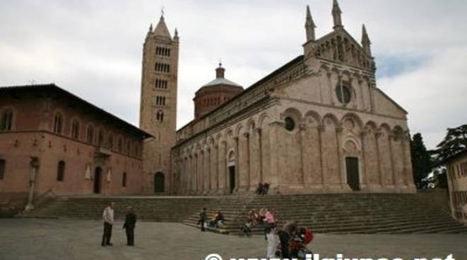 piazza duomo massa_2012mod