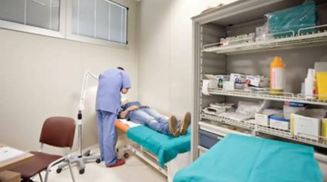 sanita_asl_visita_paziente_medico
