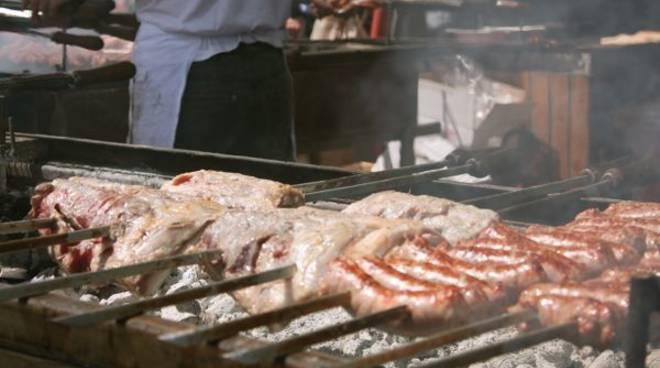 madonnino_25_aprile_2012 carne grigliata