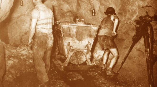 miniera minatori epoca