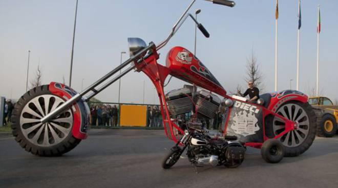 moto_gigante