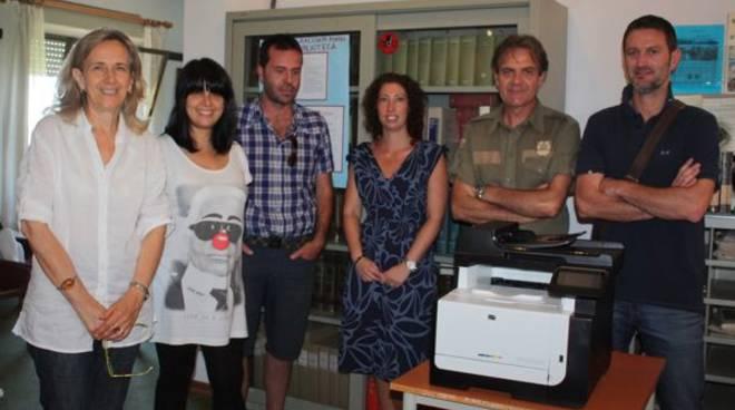 consegna_fotocopiatrice_gente_comune_2012_01