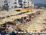 mare_ombrelloni_turismo_spiaggia_2012mod