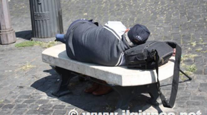 clochard_panchina_poverta_2012