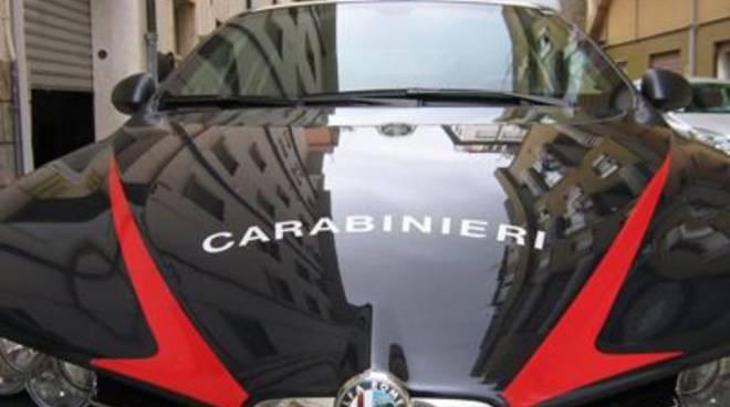 carabinieri_volante_stretta