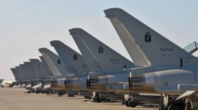 Aerei EFA e F16 4 stormo