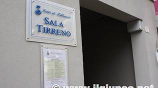 sala tirreno follonica