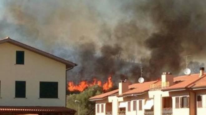 incendio_cast_2013_fiammemod