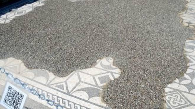 Mosaico Roselle
