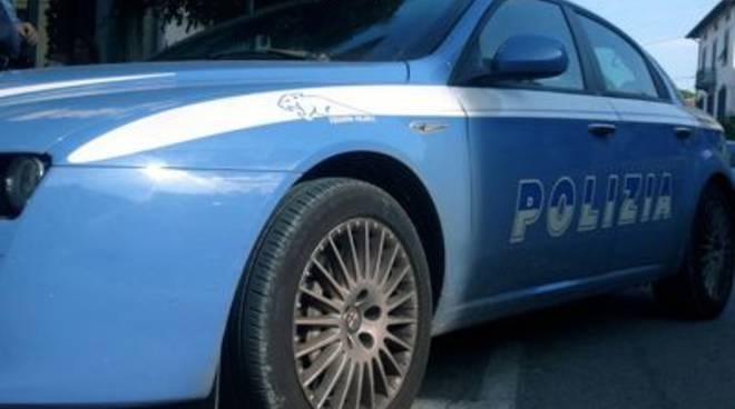polizia_stretta_2013mod