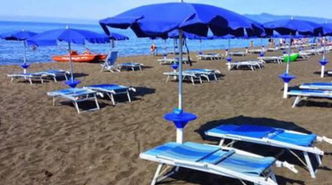 Matrimonio Ultima Spiaggia Capalbio : Il giunco quotidiano on line della maremma