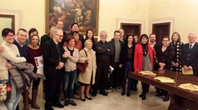 Vescovo e giornalisti