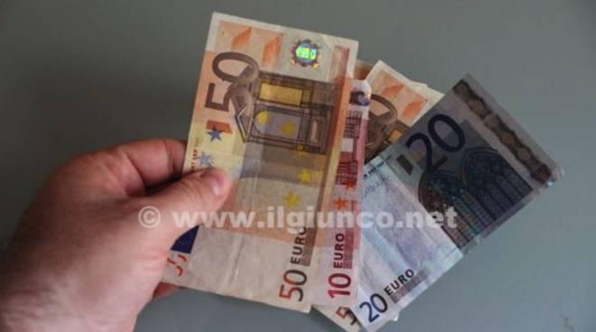 soldi banconote denaro 2015