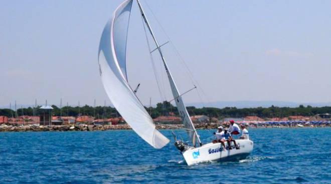 barca vincitrice BASTIAN CONTRARIO