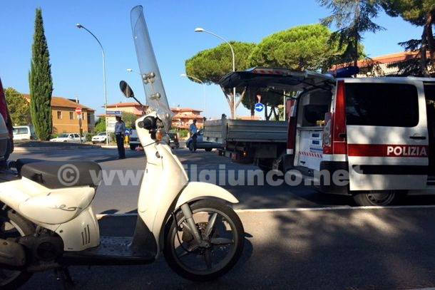 Incidente rotatoria viale Uranio