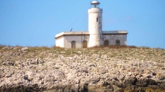 Faro Formiche