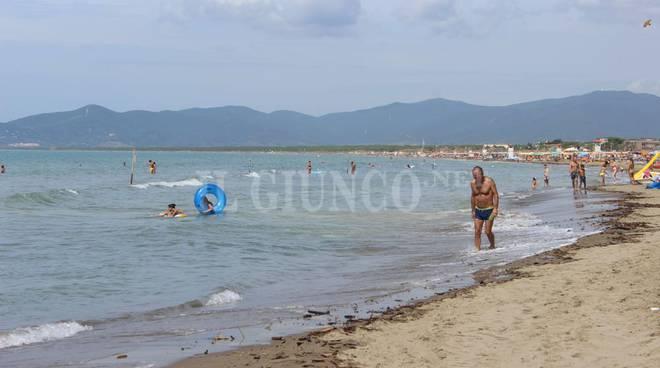 Marina dopo emergenza tronchi 2015