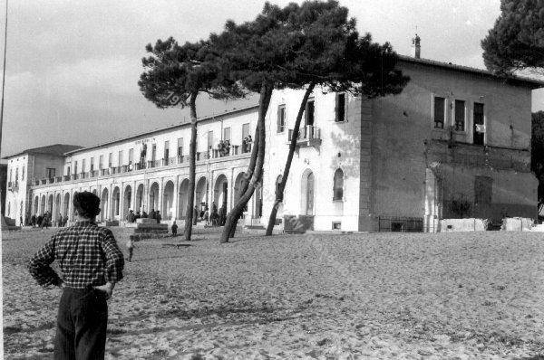 Ungheresi Colonia Marina Follonica