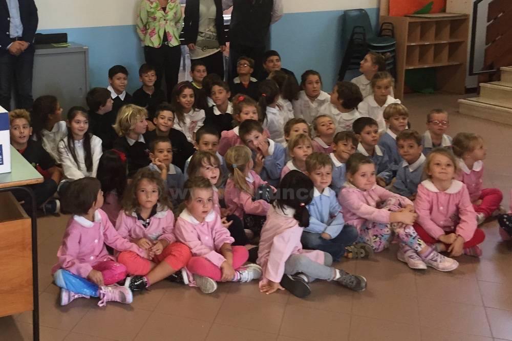 Comitato Barbanella donazioni a scuola
