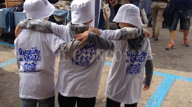 Mercatino dei ragazzi 2015 2