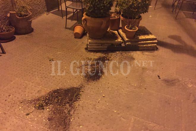 vandali a Pitigliano