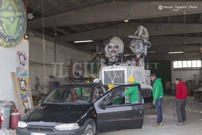 Anteprima carri carnevale follonica 2016