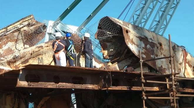 Demolizione Concordia 2016