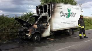Camion bruciato Aurelia