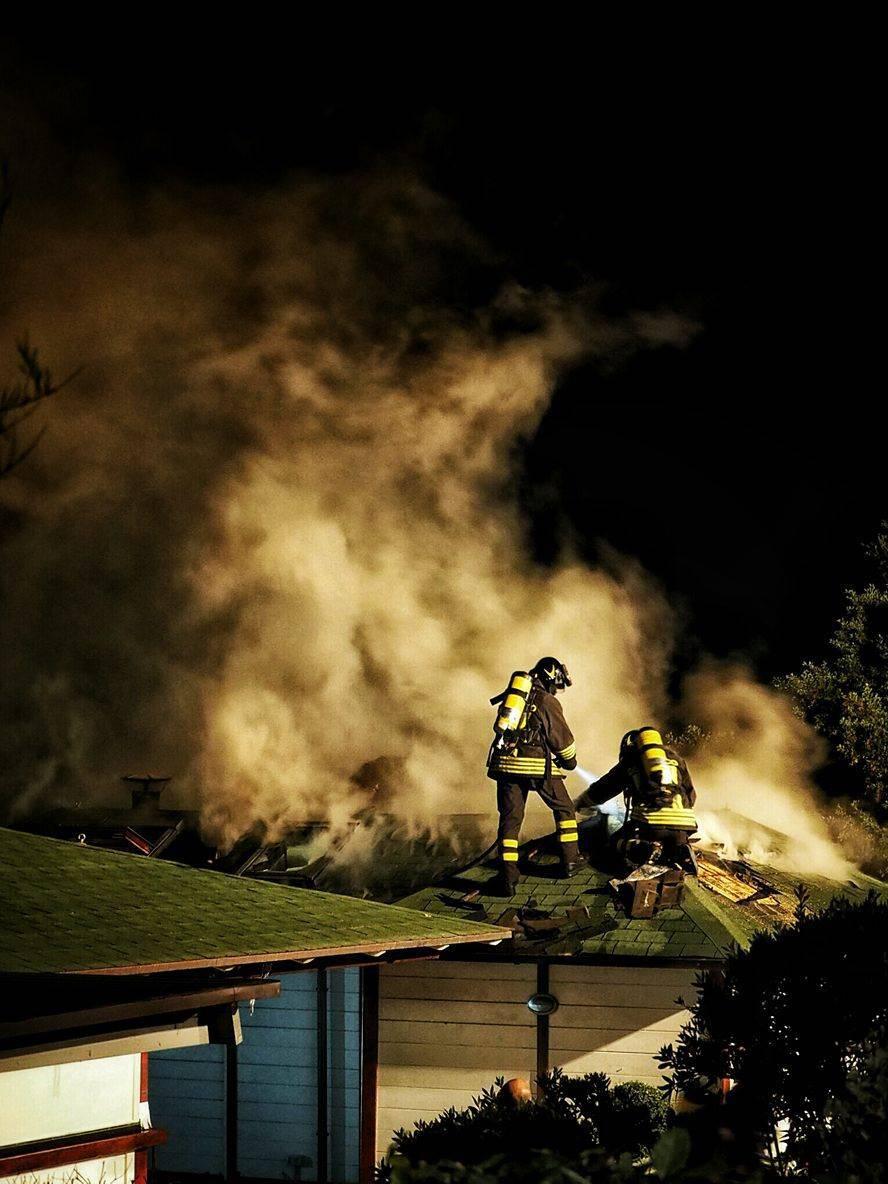 Incendio Baia Mia stabilimento balneare