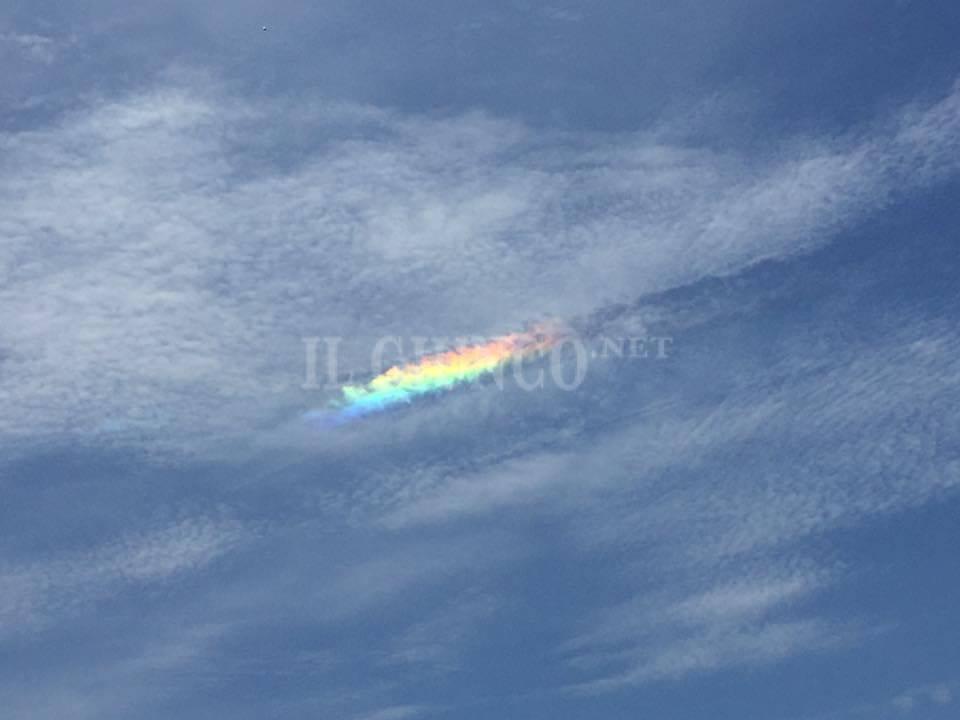Nuvole nubi iridescenti