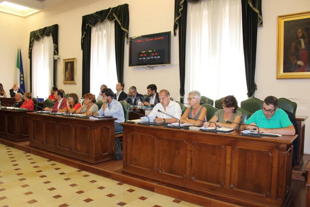 Consiglio Comunale (Grosseto Luglio 2016) opposizione tutta