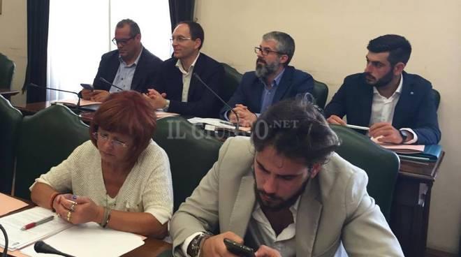 Primo consiglio comunale Vivarelli Colonna centrosinistra