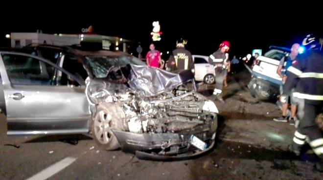Incidenti stradali in aumento ma meno morti: 70 vittime nel 2015
