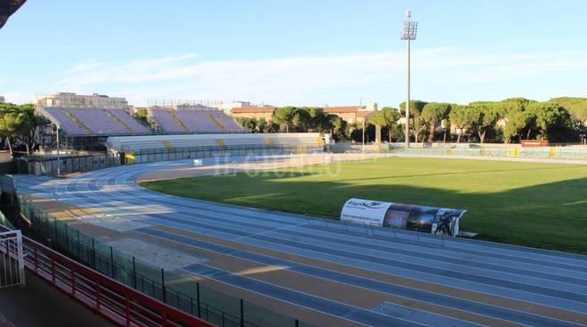 Stadio Zecchini erba alta (2016)