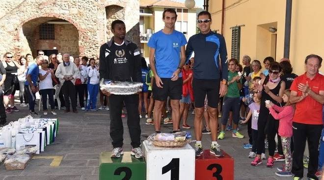 Boscarini vince Batignando fra gli olivi 2016