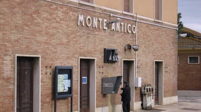 Stazione Monte Antico