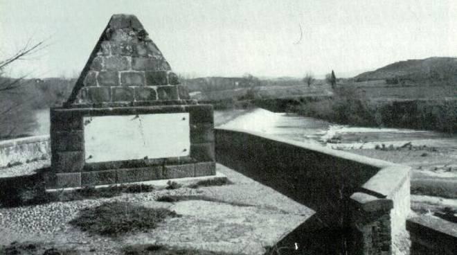 piramide Ponte Tura
