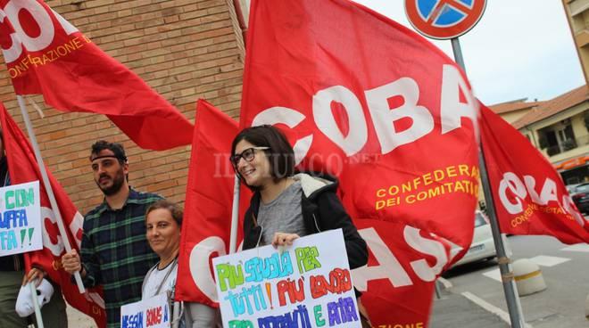 Proteste Cobas e assegnazioni incarichi insegnanti