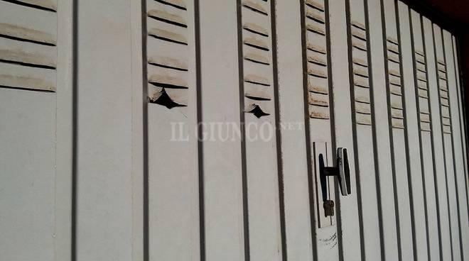 Girandola di furti in paese aperti oltre 30 garage for Piani di garage aperti
