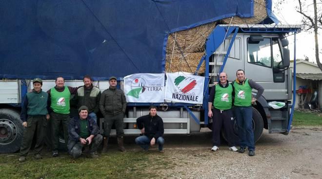 Fieno per terremotati Lega della Terra e Solidarietà Nazionale