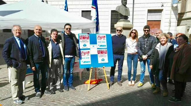 Eccesso di legittima difesa fratelli d 39 italia raccoglie for Successione legittima fratelli