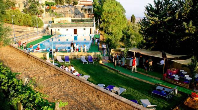 piscina Giuncarico