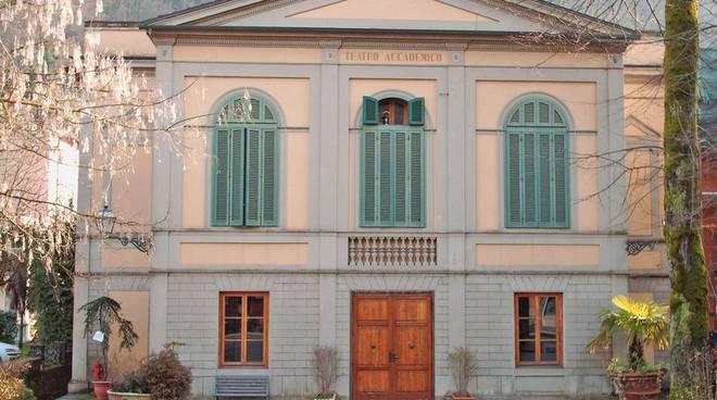 Teatro accademico Bagni di Lucaa