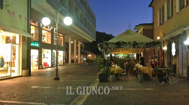 via Roma notte