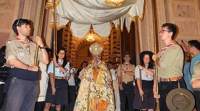Vignanello celebra il Corpus Domini con l'infiorata artistica
