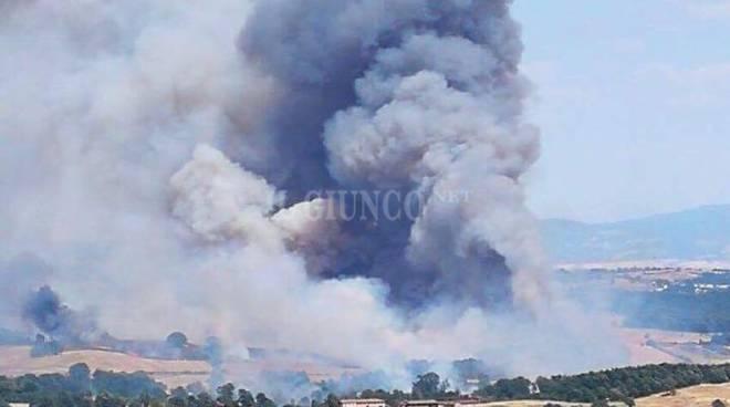 Incendio zona Petricci